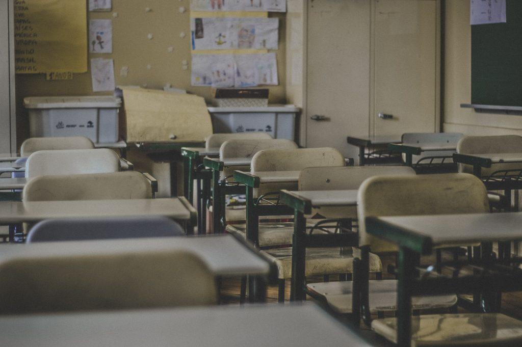 Quebec extiende cierre de escuelas hasta el 1o de Mayo